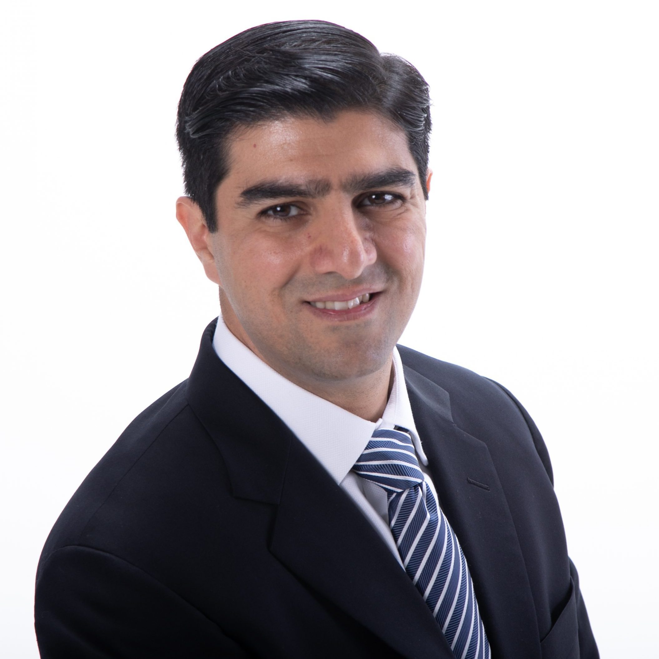 Arash Soheili loves building technology to help car buyers!